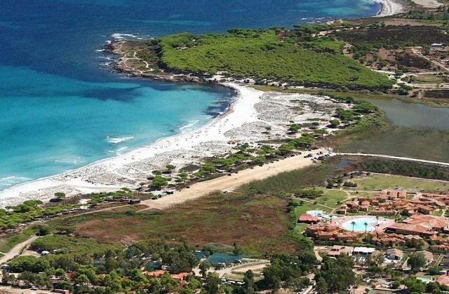 villaggio baia dei pini budoni hotel resort 4 stelle